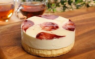 山ぶどうWチーズケーキの詳細はコチラ