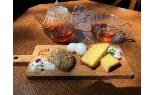 名古屋コーチン卵の洋菓子と紅茶セット[024K01]