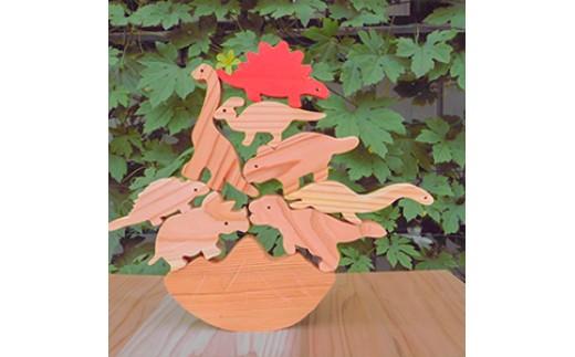 A36.手作り木製パズルセット 国産杉使用 小さいお子様にも安心 恐竜