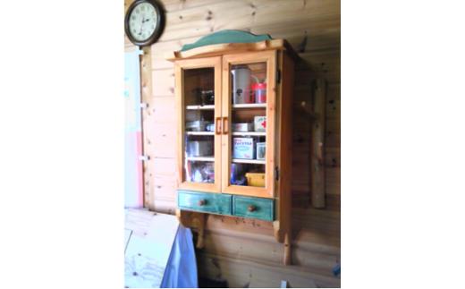 S12 職人さんの手作り家具≪壁掛け棚≫勝央町産