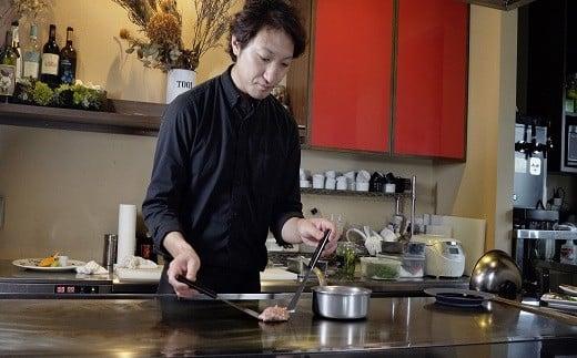 イタリア・フレンチ料理を扱うホテルで6年間修業されたシェフの創作鉄板料理が楽しめます♪