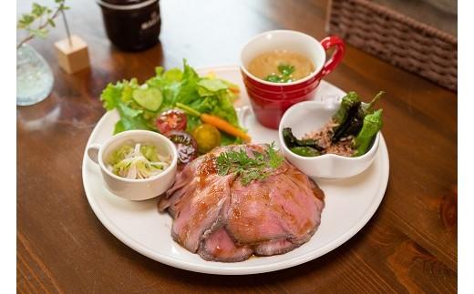 神戸牛の素牛!黒田庄和牛を使用したローストビーフ丼がメインのランチセットです♪