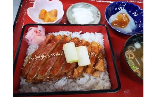 「和食処あんず館」の栃木県産和牛たっぷりの和牛重。伊王野地域のおいしいこしひかりとのマリアージュ!美味しゅうございます!