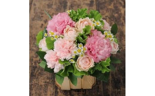 ba03 お花ちゃん生花店 記念日を彩る季節のフラワーアレンジメント  Sサイズ