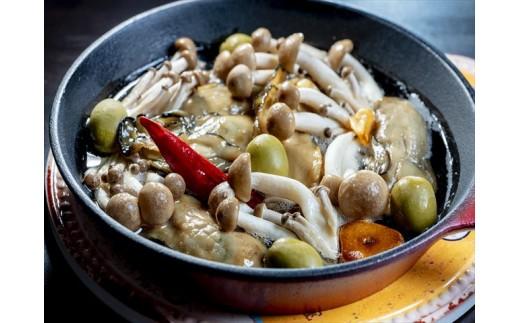 【調理例】牡蛎ときのこのアヒージョ