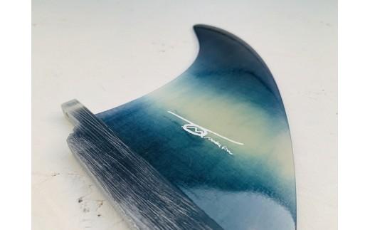 IBB27 レクサス匠プロジェクト徳島代表 永原レキ プロデュース! 白波柄サーフボード用シングルフィン