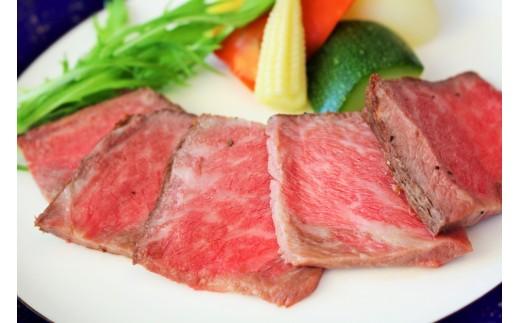 神戸牛の素牛「黒田庄和牛」を使用したローストビーフを堪能できる贅沢な御膳のお食事券です。