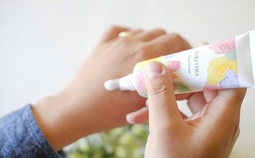 やさしいばらの香り、さらりとした使い心地のハンドクリーム
