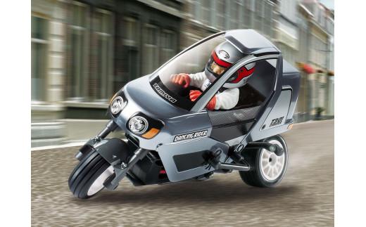 車体を傾けて旋回する新感覚3輪RCダンシングライダー