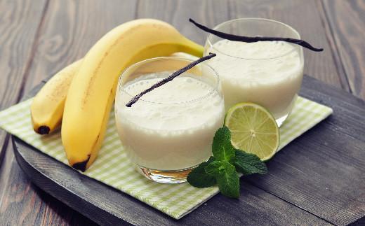 雑味が無くスッキリと甘いのでおススメレシピはバナナジュースです。シロップや砂糖は不要です。リキュール酒でカクテルもおススメです。