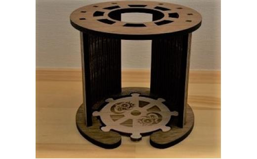 カップ等の高さが12cm程度までに対応可能 台座部分はコースターとして