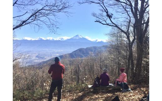 荒倉山山頂からの富士山
