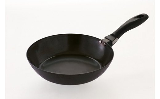 鉄 の フライパン