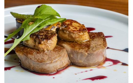 肉料理:黒田庄和牛フィレステーキのロッシーニ風 フォアグラ乗せ