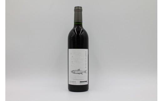 【赤ワイン・ミディアムボディ】ベリー系の果実香と樽香がバランス良いミディアムワインです。