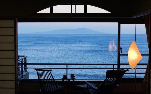 G010 眺望自慢の熱川館 平日限定 最上階露天風呂付客室ペア宿泊券