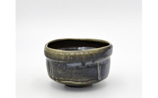 1670-I-001 岡山県重要無形文化財保持者 山本 雄一 作 茶盌
