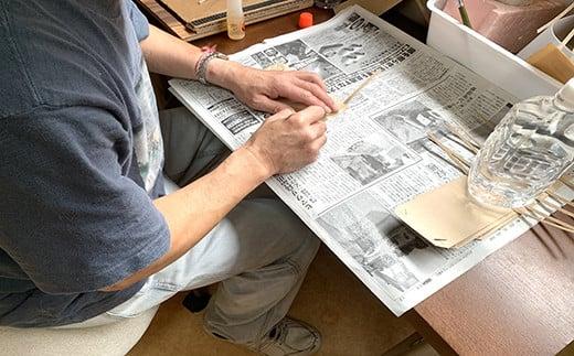 包装の袋も、就労継続支援B型事業所『わたつみ』で作っています。