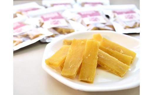 三好市産「紅はるか」の干し芋はしっとりと甘みが強いのが特徴です