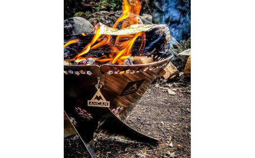 0100-18-01. ANCAM(アナキャン) 組立式焚き火台「FIRE WHIRL」Mサイズ