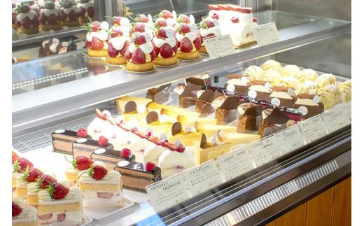 店内 ケーキコーナー