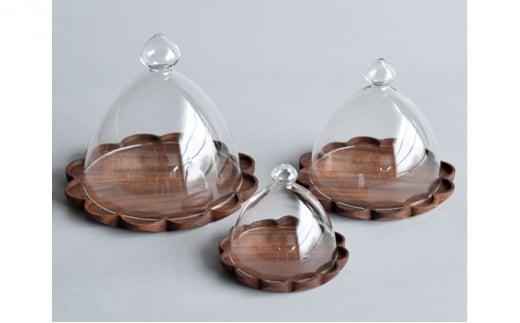 [№5787-0483]【YARN】かろやかなガラスドームとウォールナットのトレー【L 単品】