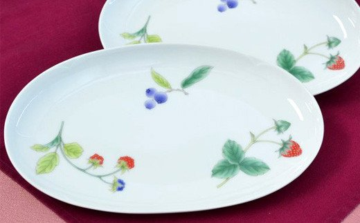 フルーツベリー・ペア楕円皿
