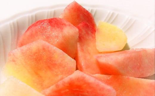 柔らかい果肉で果汁が多く、とてもみずみずしくジューシーなのが特徴です。