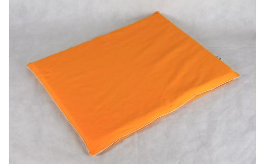 画像はオレンジです