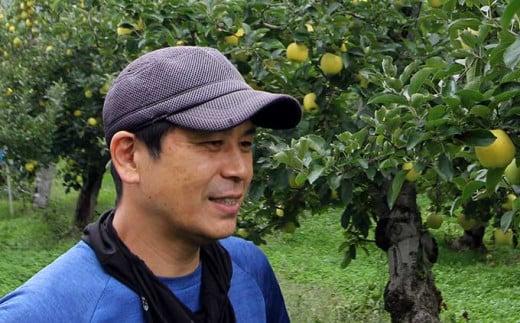特に気を配っているのが収穫で、ギリギリまで食べごろを見極めて収獲したりんごをお届けしています。