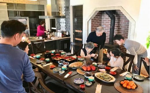 大きなダイニングテーブルで家族の会話も弾みます