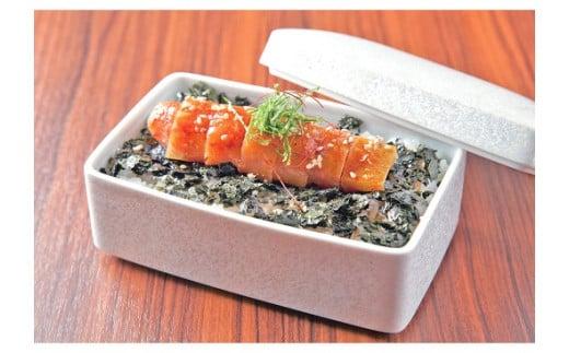 旨味成分たっぷりの「特製かけだれ」をかけて食べる福岡の味