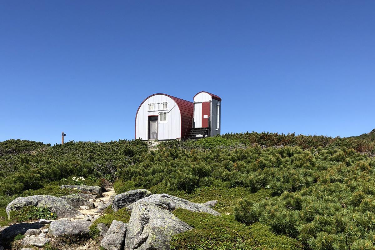 無人の中央アルプス「檜尾避難小屋」を温もりある山小屋に!