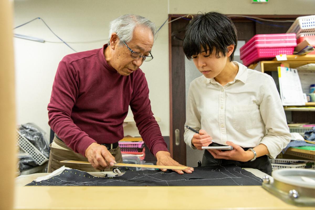 高齢化に苦しむ縫製業界の「若手育成モデル」を構築