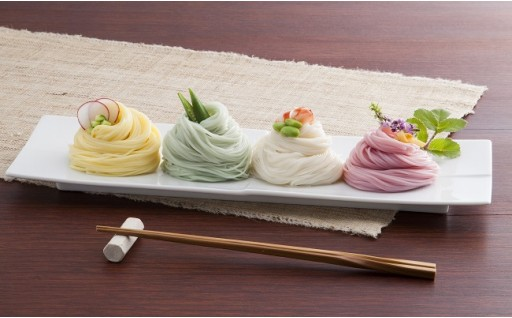【定番の麺ギフト】 春夏秋冬を表現した、4色の彩りそうめん。