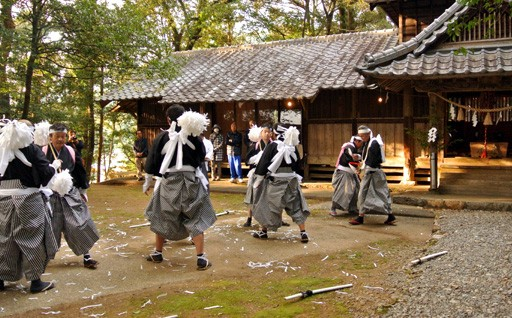 日高村はこんなとこ ‐花採太刀踊り‐