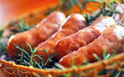 君津産猪肉と久米島の塩でつくった美味しい「猪フランク」誕生!