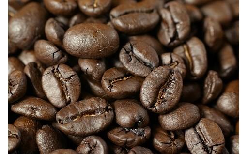 """コーヒーの持つ独自の""""甘み""""。それこそがコーヒーの""""旨み""""。"""