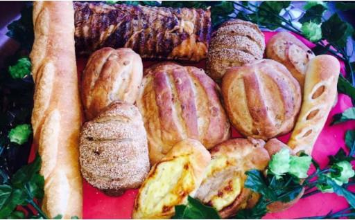 遠野産ホップ使用の天然酵母パンと人気パンはいかがですか?