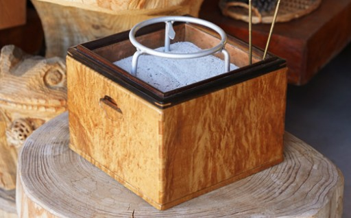 手軽なサイズの箱火鉢手軽なサイズの箱火鉢
