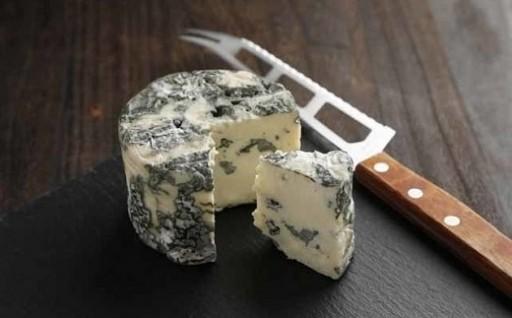 北海道地チーズ博2019にも出品「くろまつないブルーチーズ」