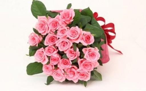 ホワイトデーの贈り物に最適!豪華なバラの花束!