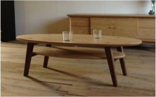ナチュラルでやさしい印象のセンターテーブル