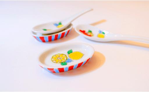 【チョイス限定】華仙 手描き 蟹とレモン レンゲと台皿🍋