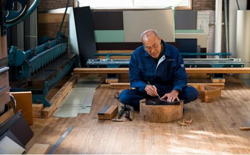 【熟練職人の手作り品】長寿の象徴「折り鶴」