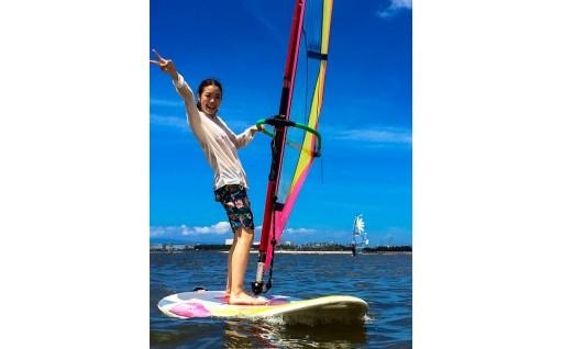 大阪府貝塚市の二色の浜でウインドサーフィン1日体験チケット!