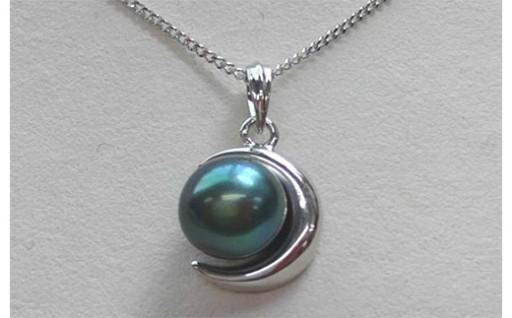 南国・石垣島で育まれる真珠