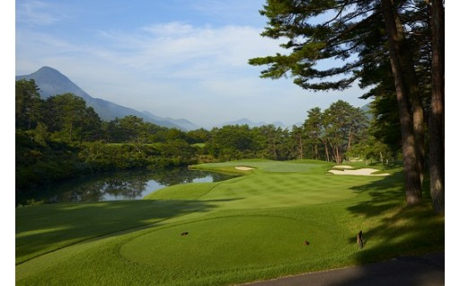 【パインレークゴルフ場プレー券】日本屈指の難易度を誇るコース