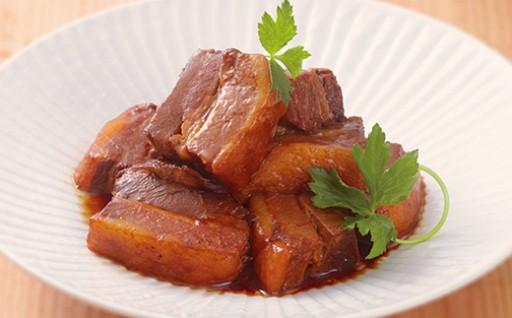 肉汁が口の中でジワ~っと広がる「豚角煮」