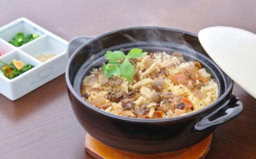 【食欲の秋!】米沢牛炊き込みご飯の素